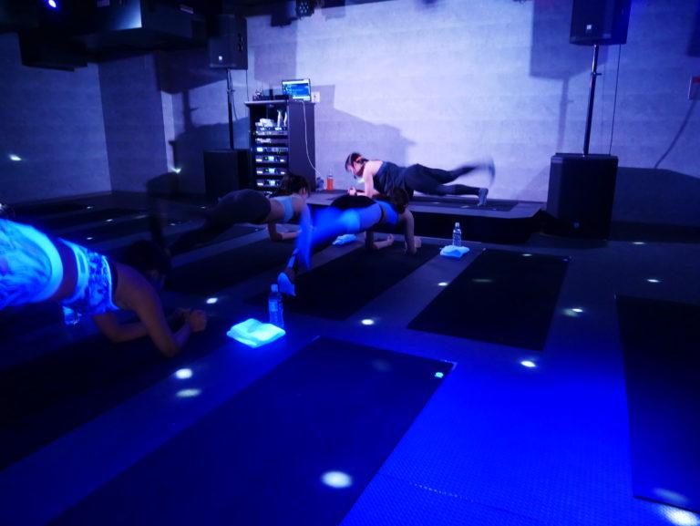 暗闇フィットネス-エクスパ-お尻トレーニング5