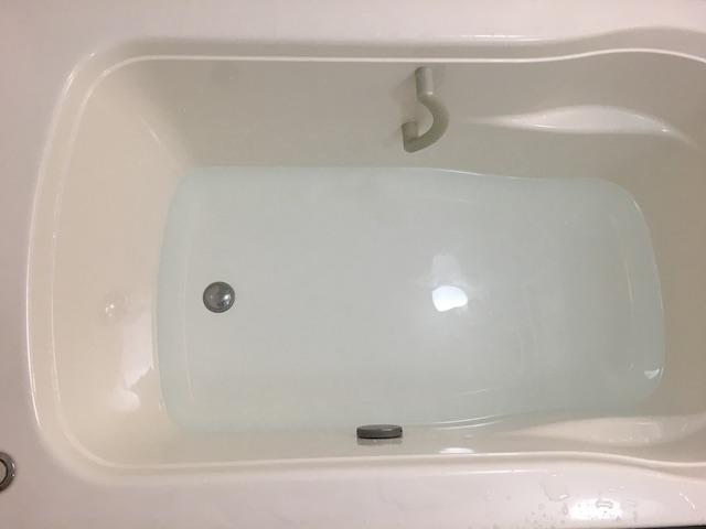 浴槽にお湯を張ったところ